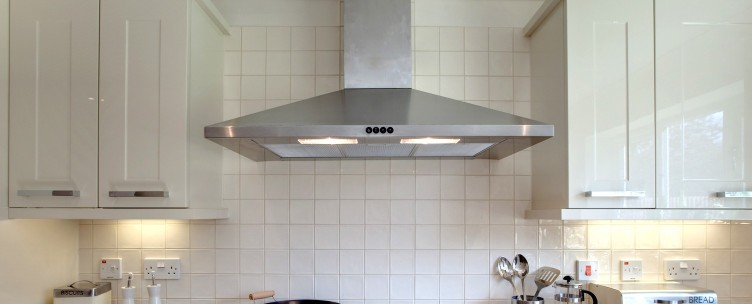 Advantages of Using Kitchen Chimney At Home