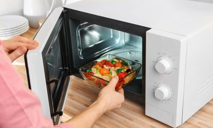 Best Microwaves in India 2020 – Reviews & Buyer's Guide 1