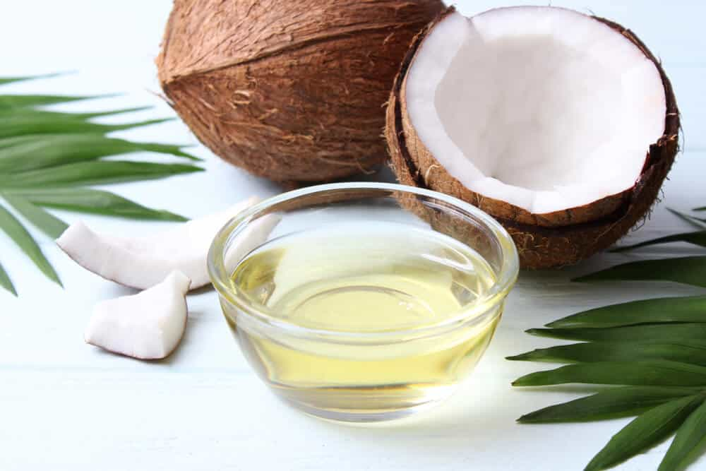 Best Coconut Oils For Hair in India 2020 – Reviews & Buyer's Guide ...
