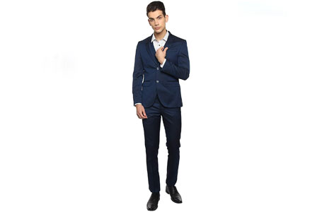 Best Suits For Men in India 2021 – Reviews & Buyer's Guide 2