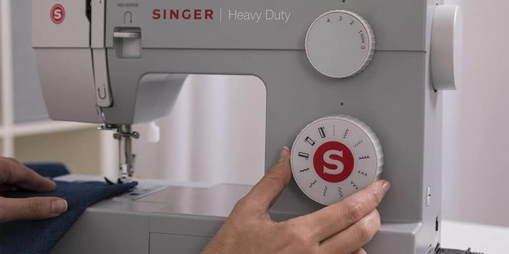What Should We Look For In the Best Sewing Machine In India?