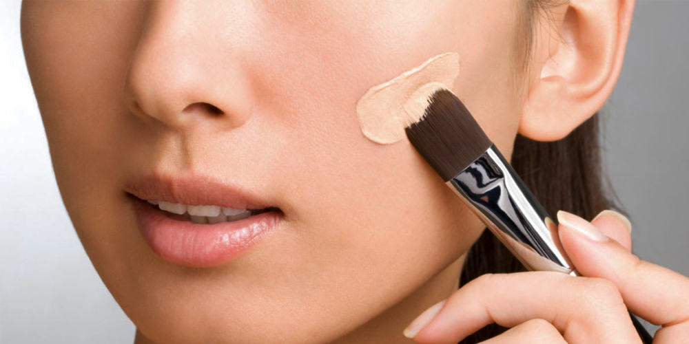 How To Properly Apply A Foundation