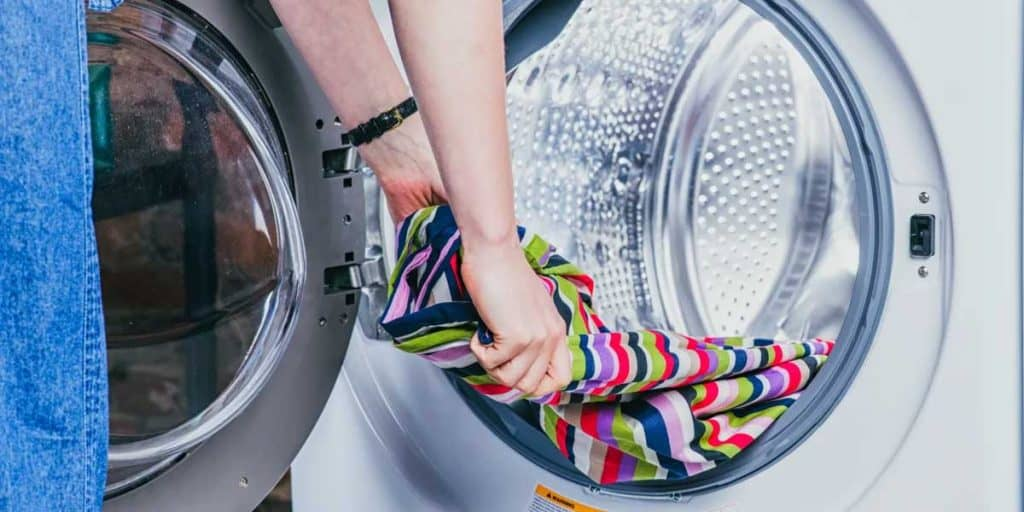 Advantages And Disadvantages of Front Load Washing Machines