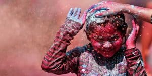 Remove Holi Colour From Clothes, Skin And Nails